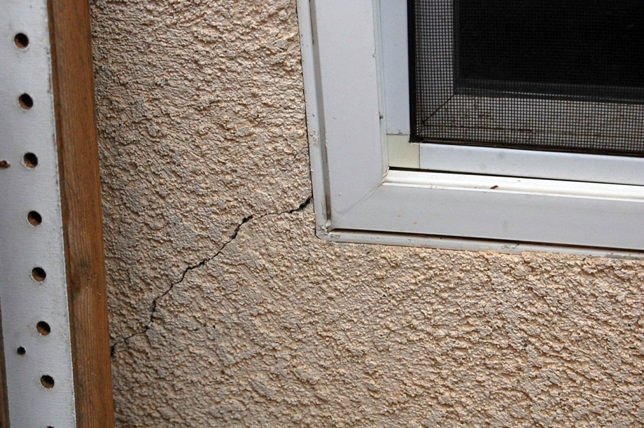 Stucco Wall Cracks Defects Construction Defect Attorney